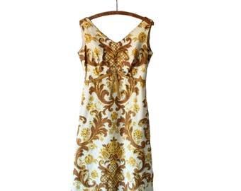 Retro 1960s Damask Dress with Velvet Ribbon | Size Medium