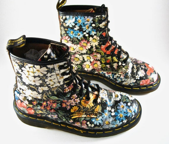 Dr. Martens boots have made a place on the boots market with their distinctive style since Not only do subcultural band musicians swear by Doc Martens boots, but Docs are also popular among factory workers, postmen and police officers.