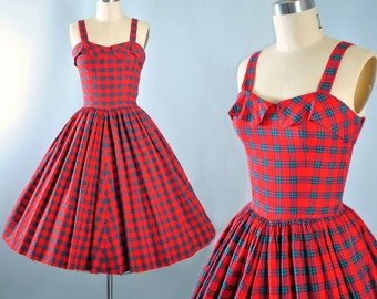Vintage 50s Dress / 1950s Red Green Cotton Sundress PLAID Stripe TARTAN Sleeveless Full Swing Skirt Garden Picnic Party Pinup XS Small
