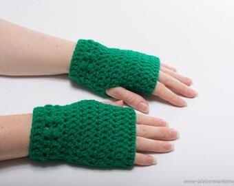 Kylie Wristlets in Kelly Green - Hand Wrist Warmers Fingerless Gloves Gauntlets Mittens - Ready to Ship