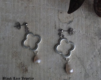 Cathedral Pearls Earrings