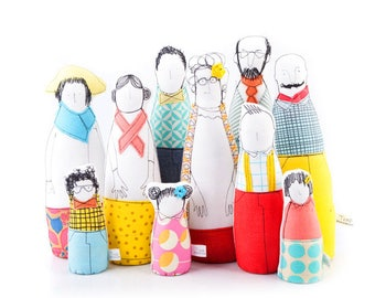 Personal family Portrait , family room , Soft sculptur , Family dolls , figure doll family , fabric dolls set , family illustration portrait