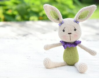 PATTERN - Lace collar bunny - crochet pattern, amigurumi pattern, PDF