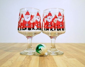 Georges Briard Santa Glasses:  Set of Two Holiday Glassware Wine Water Eggnog Stemware Glass