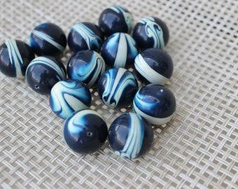 14 VTG Blue and White Swirl Beads