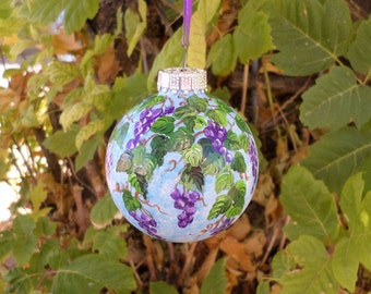 handpainted ornament,  grapevine ornament no268