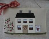 Primitive Valentine House Folk Art Wall Hanging Pillow Tuck Hearts