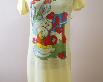 NOS Oversized T-Shirt Night Gown Special Delivery Bunny Small