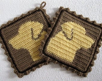 Labrador Retriever Dog Potholders. Crochet pot holders with yellow Labs. Dog decor