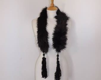 Vintage 1920s Art Deco black flapper marabou ostrich feather boa scarf collar long tassel detail burlesque