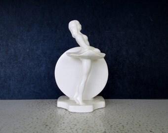 1940s Haeger Art Deco Vase USA White Glazed Pottery Ballerina Moon Circle