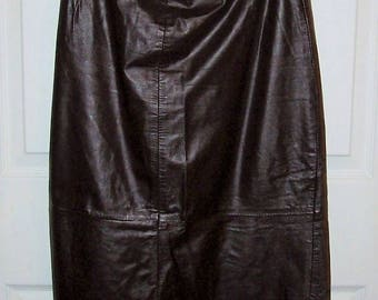 Vintage Ladies Brown Leather Maxi Skirt Size 7/8 Only 9 USD