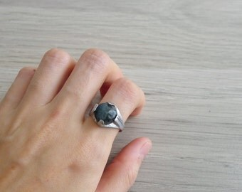 10-25% OFF Code In Shop - Vintage 70's Black Moss Agate Hippie Stone Ring 7.5