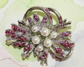 Pretty Vintage, Pink Rhinestone and Pearl, Floral Spray Brooch