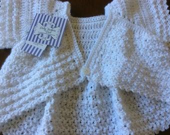 Intricate Crochet Baby Blanket Pattern : PINK crocheted baby blanket fan pattern intricate 3 tier