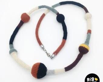 Working Bubble Crochet Necklace