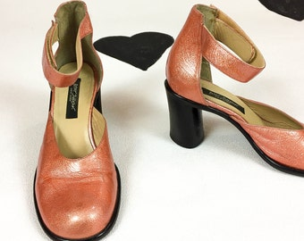 90s Betsey Johnson Orange Pink Opalescent Leather Velcro Strap Oval Stacked Heel Mary Janes / Size 37 / Size 6.5 / Size 7 / Round Toe /