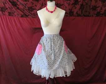 Vintage '50s Half Apron Grey Cotton Snowflake Pattern with Two Pink Rose Applique Pockets
