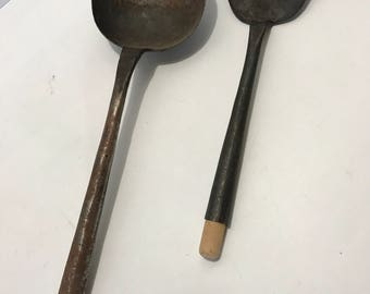 Vintage Hand Forged Iron WOK COOKING UTENSILS Tools Chinese Asian Kitchen Stir Fry Ladle Spatula Set w/ wood handle Primitive Patina Rust