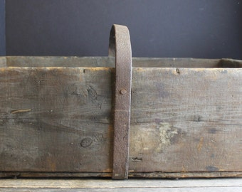 Antique Wood Box  With Old Metal Handle // Primitive Farm House Crate // Aged Wood Decor