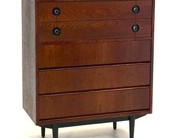 gentlemens chest by stanley distinctive furniture the finnline series in cherry