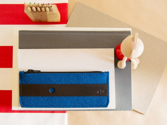 Felt and leather PENCIL CASE / sunglasses case / blue pen holder / blue case / wool felt / made in Italy