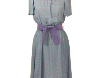 vintage 1970s belted rayon dress / 70s does 30s / blue purple / peter pan collar / polka dots / women's vintage dress / size medium
