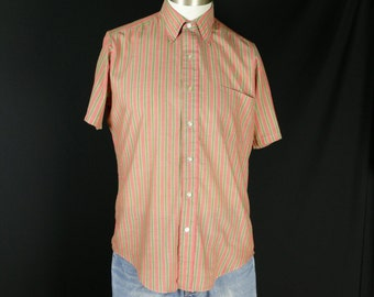 Mens shirt Short sleeve casual button down striped shirt Vintage mens clothing XS S Hipster summer shirt Fitted color stripe Hippie clothes