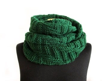 Chunky hand knit scarf, green textured scarf, womens infinity scarf