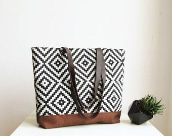 Kilim Print Tote bag, Large tote, Geometric print,Black and White, Graphic Print, Casual Tote bag, Everyday tote, Handbag