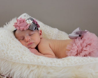 Newborn Dusty Rose Ruffle Bloomers and Headband Set / Antique Pink Ruffle Baby Bloomer / Ruffle Diaper Cover Outfit / Newborn Photo Prop /