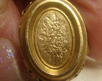 Victorian Revival Beautiful Filagree brass Statement Ring-6 grms-25X17 face-self sizer-8mm shank 1570