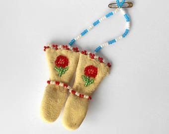 Vintage miniature beaded Mittens Native North American Indian Style