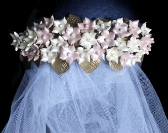 Wedding hair accessory. Gold, pink and ivory bridal headpiece. Flower wedding combs. Vintage bride. Flower and leaf comb. Veil fascinator.