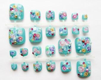 24 Set, Jeweled Fake Toenails / Press on Toenails / False Toenails / Acrylic Toenails / Toenail / Pedicure / 3D / Flowers