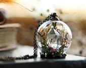 Quartz crystal necklace, terrarium belljar , moss terrarium , real plant necklace , clear quartz point , real flowers, gift for nature lover