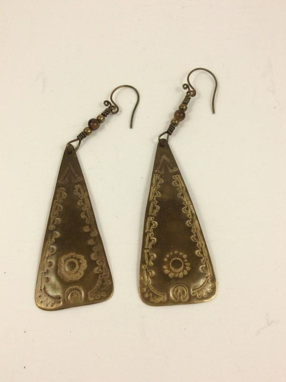 Vintage metal earrings, vintage jewelry, stamped metal earrings, southwestern earrings, vintage southwestern earrings, free shipping in USA