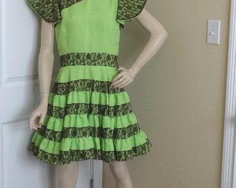 1970s Vintage Home Sewn Square Dance Dress, Mint Green with Brown Lace Trim, Size Medium Large, Vintage Square Dance Costume Dress, 4 Tiers