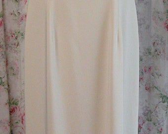 90s Laura Ashley Dress - Cream Ivory Shapely Maxi Dress - Sleeveless - Ankle Length - Hipster Chic - Excellent Condition - Size US 8 UK 12