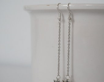 Earrings silver triangle.