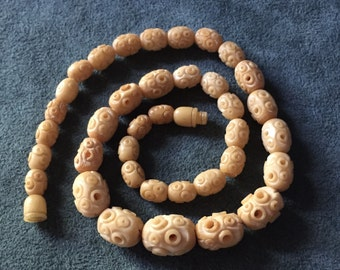 Vintage Chinese Carved Bone Bead Necklace 37 Graduated Beads Barrel Clasp
