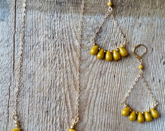 Mookaite jasper necklace and earrings set mustard yellow