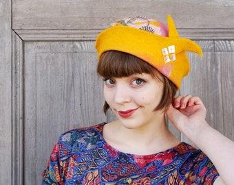 Hand felted designer hat, pastel color felt hat, retro style 20s, unique wearable art, bohemian fashion, hand shaped, merino wool hat, OOAK