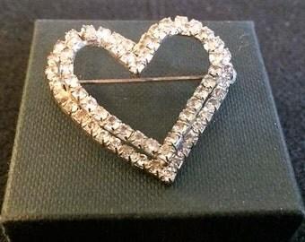 Lovely double heart rhinestone brooch