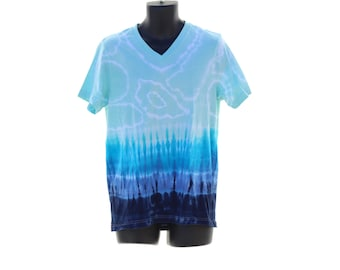 Tie Dye Blue Shirt, Mens Trippy V-Neck, Psychedelic T-Shirt