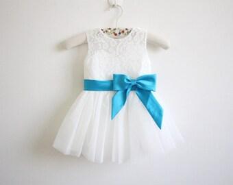 Light Ivory Flower Girl Dress Blue Ribbon Baby Girl Dress Lace Tulle Flower Girl Dress With Blue Sash/Bows Sleeveless