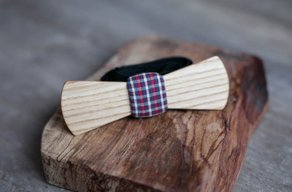 Wood bow tie, white ash wood bowtie. Tartan Mens bowtie, Men tie. Gift for Husband, Brother, Valentines, Groomsmen gifts, Birthday gift.