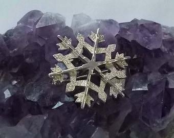 Eisenberg Ice Snowflake Brooch.  (481)