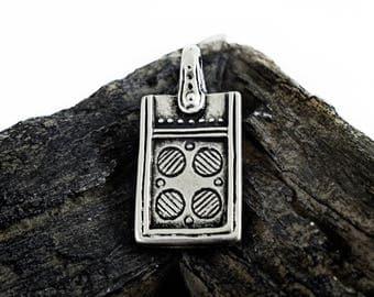 Antique Silver Boho Pendant 20x38mm, Ethnic pendant, Tribal Bohemian Gypsy Patterned Pendant, Jewelry Making