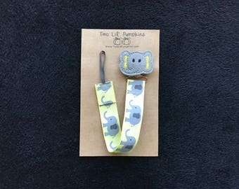 Elephant Pacifier Clip, Yellow Baby Pacifier Clip, Gender Neutral Paci Clip, Yellow Elephant Binky Clip, Baby Toy Clip, Gender Neutral Gift